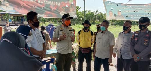 Pjs Bupati Rohil, Rudyanto ajak petugas sosialisasikan tentang bahaya Covid-19 di Kecamatan Pasir Limau Kapas (Palika).