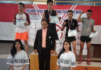 2 oang atlet yang berhasil mendapatkan medali, Hermawan dan Hermanto.