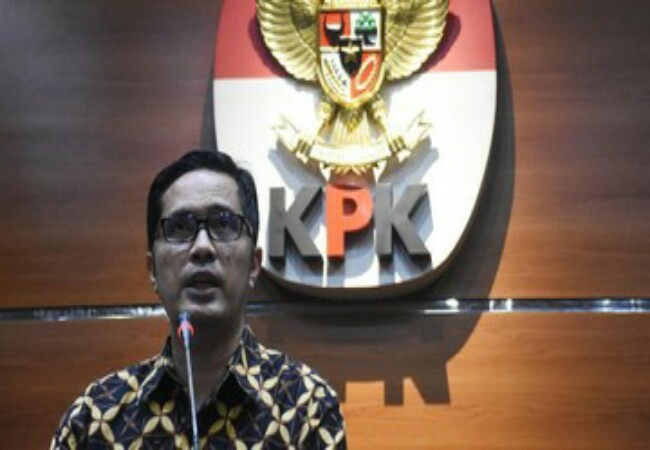 Juru bicara KPK Febri Diansyah mengimbau para menteri yang sudah dilantik untuk melapor harta kekayaan. Foto: CNNIndonesia