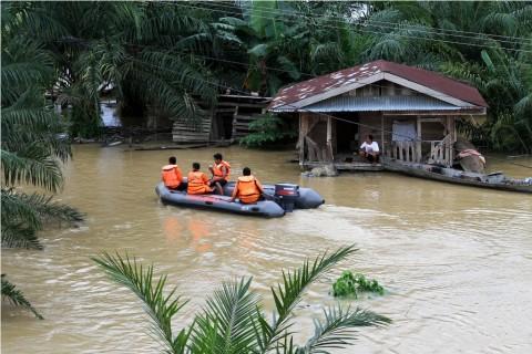 Ilustrasi. Dampak La Lina dapat memicu curah hujan yang jauh lebih tinggi dibandingkan kondisi normal hingga sebabkan banjir.