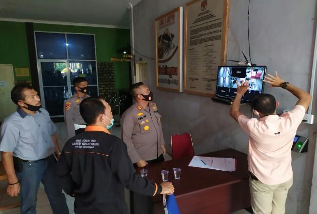 Rapat Koordinasi Teknis Pendaftaran Bakal Calon Bupati dan Wakil Bupati Kepulauan Meranti Tahun 2020, bertempat di Ruang Rapat KPI Kepulauan Meranti, Jalan Dorak, Selatpanjang, Selasa (1/9/2020) siang.