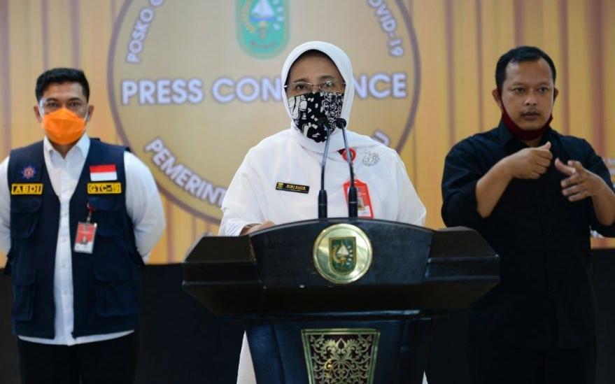 Kadiskes Riau Mimi Yuliani Nazir.