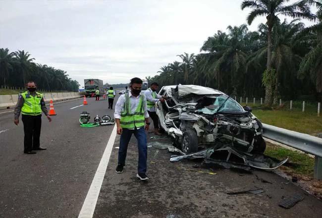 Kecelakaan yang terjadi di Tol Pekanbaru-Dumai beberapa waktu lalu.