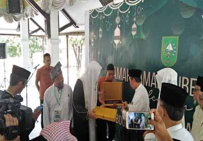 Gubri saat gelar ramah tamah dengan Imam Masjidil Haram Syekh Abdullah Bin Ali Basfar.