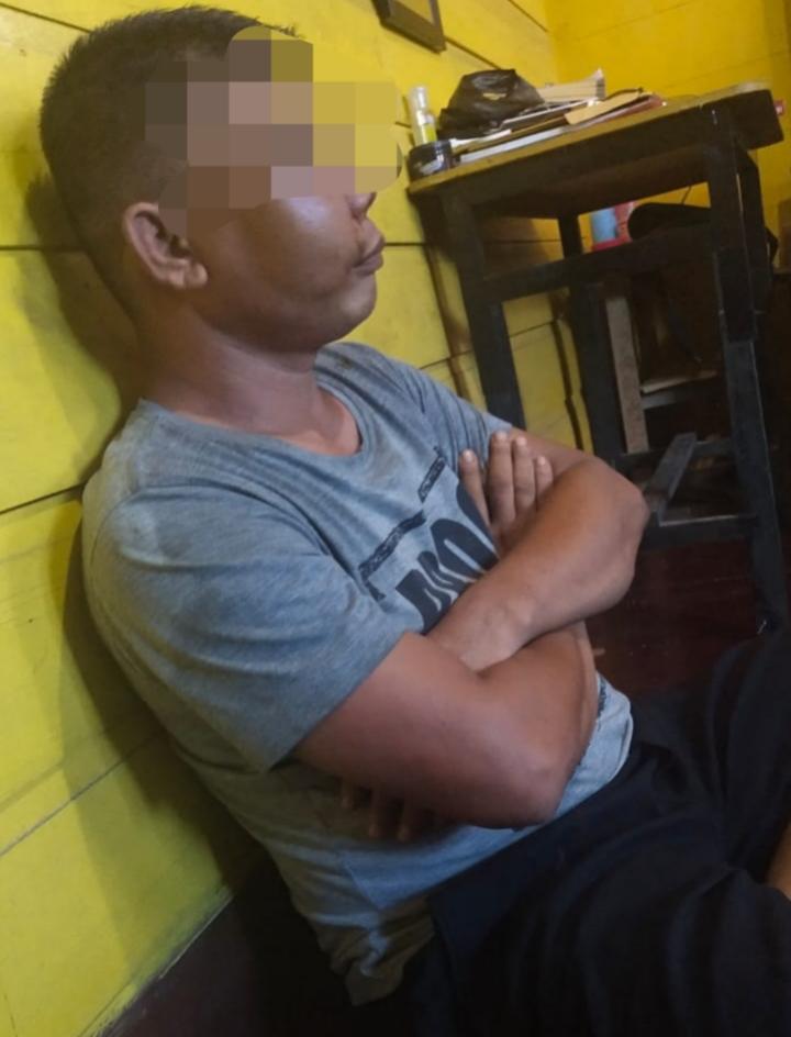 Terduga pelaku percobaan pemerkosaan di Desa Kudap yang babak belur dipukul abang korban