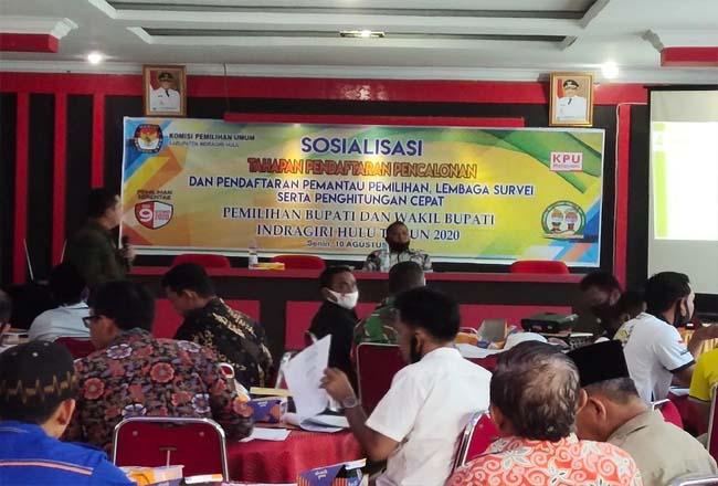 Sosialisasi tahapan pencalonan bupati dan wakil bupati Pilkada 2020 yang digelar di Hotel Wisma Happy Pematang Reba Kecamatan Rengat Barat, Senin (10/8/2020).