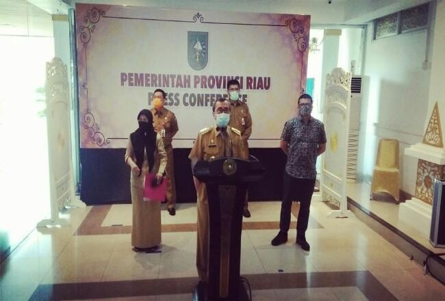 Gubernur Riau Syamsuar