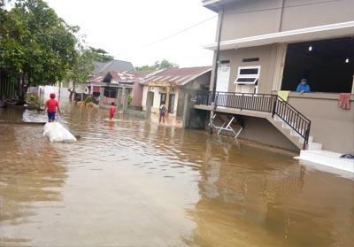 Kondisi banjir di Kelurahan Sialanunggu Kecamatan Tampan. Tepatnya di RW 17, 11 dan 26.