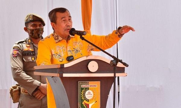 Gubernur Riau H Syamsuar