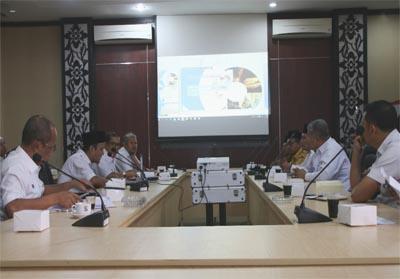 Rapat untuk pelaksanaan MTQ XVIII Tingkat Kabupaten Tahun 2019 di ruang rapat bupati lantai II Pangkalan Kerinci, Rabu (31/7/2019).