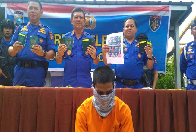 Tersangka penyelundupan TKI Ilegal dari Malaysia.