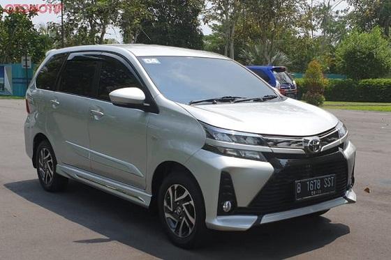 Mobil sejuta umat Toyota Avanza kembali menjadi mobil terlaris perusahaan sepanjang bulan lalu, setelah pada Juni titel tersebut direngkuh oleh Innova. Adapun, pendatang baru Toyota Raize bercokol di peringkat ketiga.