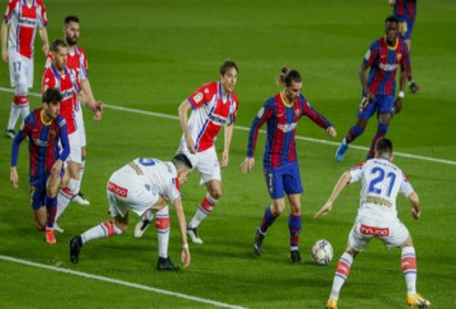 Barcelona geser Madrid di klasemen Liga Spanyol. Foto: CNNIndonesia