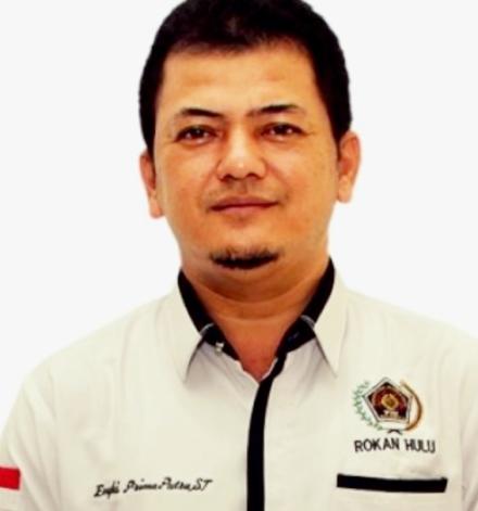 Ketua PWI Rohul Engki Prima Putra