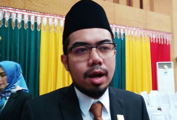 Wakil Ketua DPRD Kota Pekanbaru Ginda Burnama