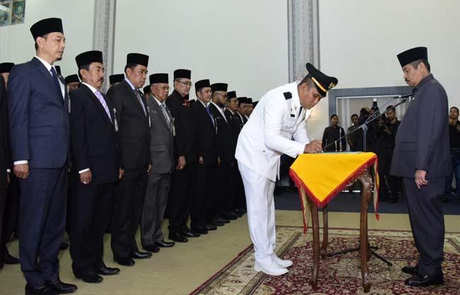 Pelantikan dan Pengambilan Sumpah Jabatan di Lingkungan Pemerintah Kabupaten Bengkalis, Selasa (5/11/2019).