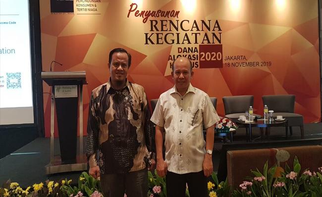 Kepala Disdagprinkop-UKM) Kepulauan Meranti, Aza Faroni bersama Kepala Bidang Metrologi Legal, Mufrizal  saat mengikuti Rakor DAK di Kementerian Perdagangan di Jakarta, Senin (18/11/2019).
