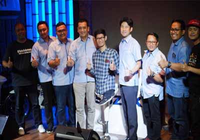 Foto Bersama Management.
