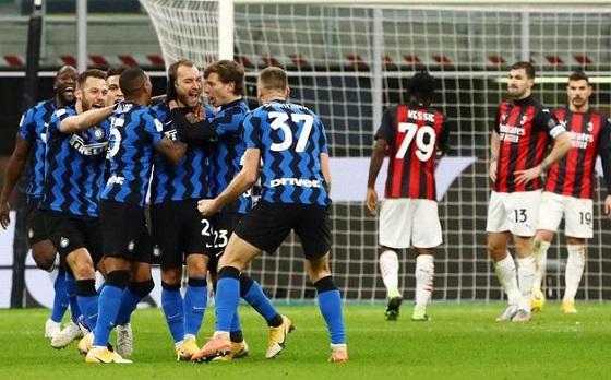 Inter mengalahkan Milan di perempatfinal Coppa Italia. Foto: Getty Images/Marco Luzzani