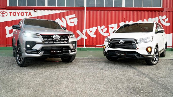 Toyota Fortuner dan Kijang Innova