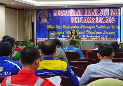 Suasana penjabaran mengenai STM Riau Kompleks.