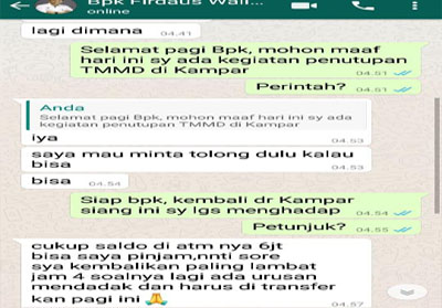Percakapan di pesan WhatsApp yang sudah diretas.