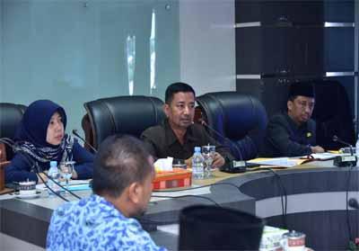 Pelaksanaan Audit Kinerja atas efektivitas pengelolaan belanja daerah, di ruang rapat Hang Tuah lantai II Kantor Bupati Bengkalis, Selasa (1/10/2019).