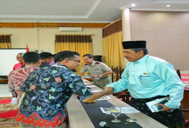 Bupati Siak Alfedri menghadiri Konsultasi Publik Rancangan Peraturan Daerah Rencana Tata Ruang Wilayah (RTRW) Kabupaten Siak.