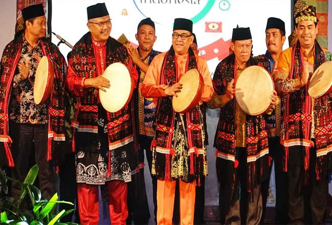 Wagubri, Edy Natar membuka PSB 2019 di Lapangan Merdeka, Riau Kompleks, Pangkalan Kerinci.