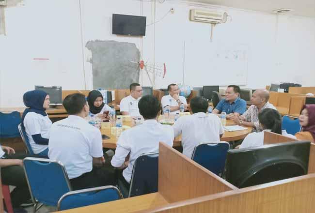 Kunjungan Hotel Dafam ke Kantor Metro Riau Group