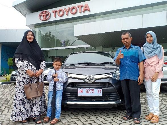 Ilustrasi keluarga Toyota