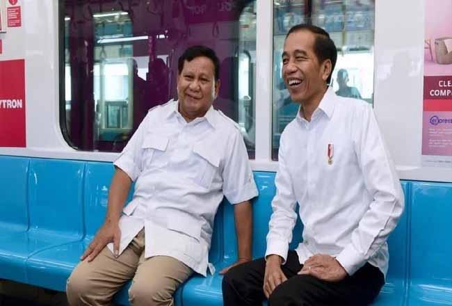 Prabowo bersama Presiden Jokowi
