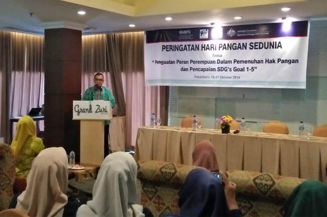 Wakil Gubernur Riau (Wagubri), Edy Natar Nasution beri sambutan pada acara Perayaan Hari Pangan Sedunia.