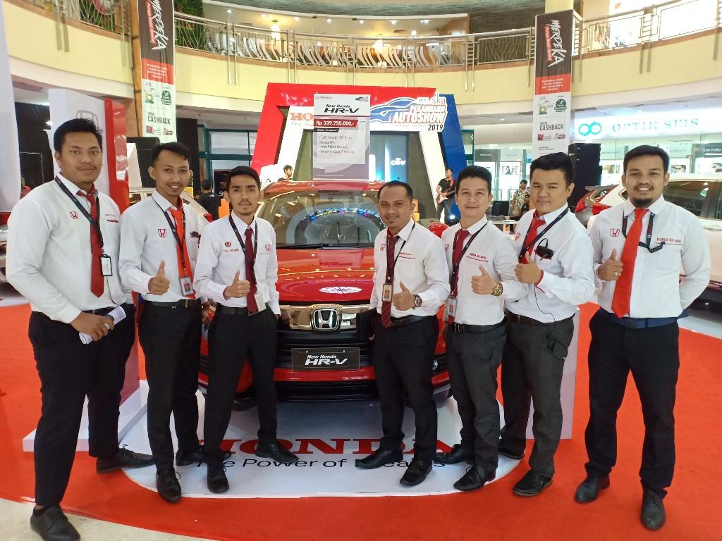 Stand Honda di Pekanbaru Auto Show