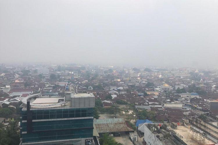 Kabut asap akibat Karhutla di Kota Perkanbaru. foto kompas.com