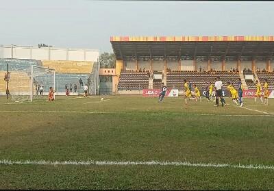 Laga pertandingan antara PSPS Riau vs Perserang berakhir imbang 1:1.