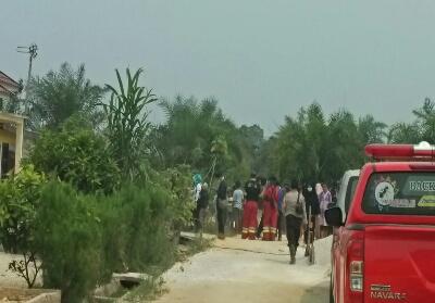 Presiden Jokowi batal berkunjung ke Desa Rimbo Panjau untuk meninjau karhutla.