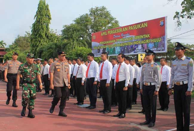 Pelaksanaan Gelar Apel Pasukan dalam rangka pengamanan TPS Pilkades Serentak GEL III Tahun 2019 di Kabupaten Inhu, Senin (2/12/2019) pagi.