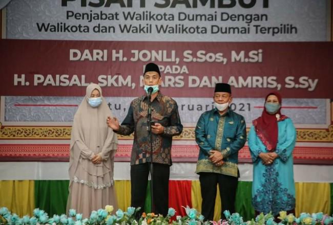 Walikota Dumai H Paisal, menyampaikan sambutan pada acara pisah sambut dengan Penjabat Walikota.