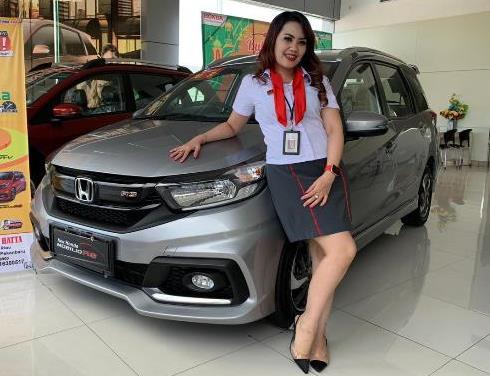 Sales counter HSH Pekanbaru bersama Honda Mobilio