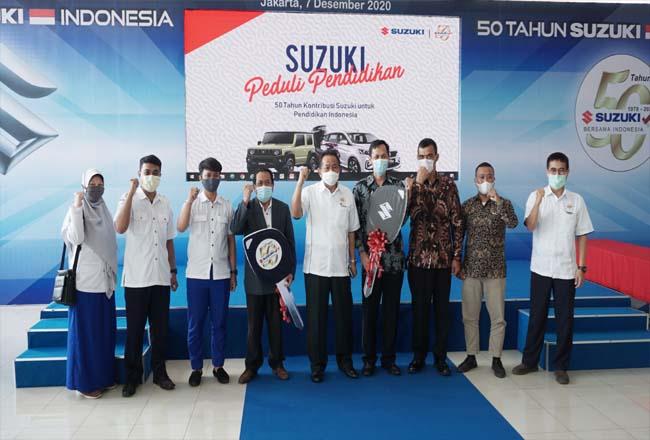 Donasi Suzuki Peduli Pendidikan.