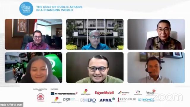 Public Affairs Forum Indonesia dirancang untuk memberikan masukan sekaligus pengayaan kompetensi skills praktisi untuk memperkuat hubungan organisasi dengan stakeholders terutama Pemerintah dan Policy Makers.