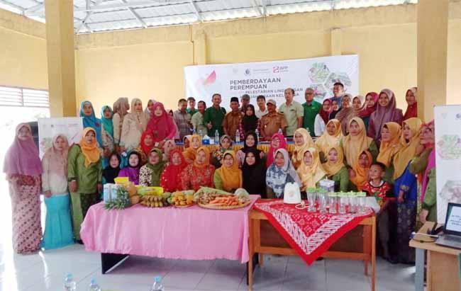 Pelatihan Pemberdayaan Perempuan dalam Pelestarian Lingkungan dan Kesejahteraan Keluarga.