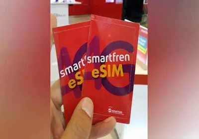 Smartfren hadirkan teknologi eSIM.