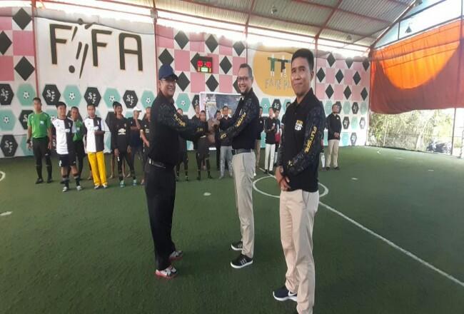 Turnamen Futsal resmi dibuka Asisten II Setdakab Siak.