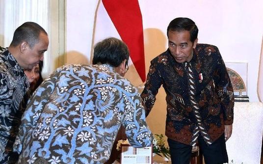 Presiden Jokowi ketika menerima pansel capim KPK di Istana  FOTO: detikcom