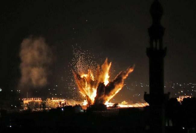 Ilustrasi serangan roket.