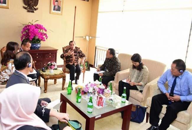 Gubernur Riau (Gubri) Syamsuar menerima kunjungan delegasi dari Pemerintah Kerajaan Bhutan, Kamis (31/10/2019).