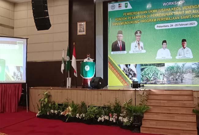 Gubernur Riau Syamsuar saat memberikan sambutan.