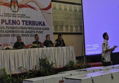 Rapat Pleno Perolehan Suara Pemilu 2019 di Kantor KPU, Jakarta, Selasa (21/5/2019) dini hari.